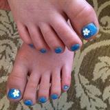 Tiny Flowers, Tiny Toes