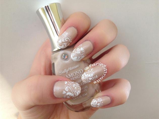 French Foliage Manicure