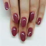 Plum gelpolish