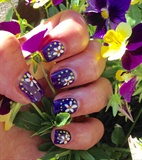 Fun Daisy Short Nails
