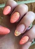 Coral & Mylar Glistening Nail