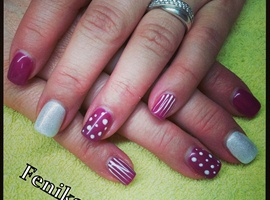 nail art: Stripes and dots