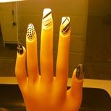 Swag nail art