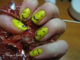 Smiley manicure