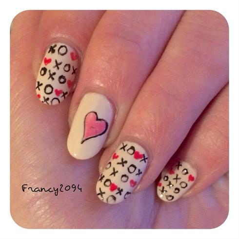 Saint valentine's nails
