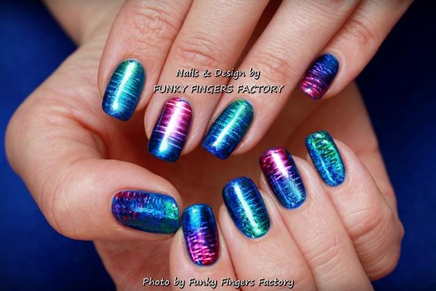 Gelish with Foils manicure