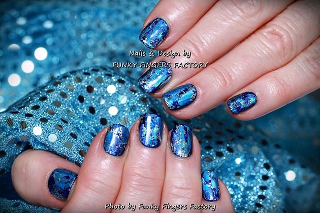 Gelish Blue Ice Winter nails