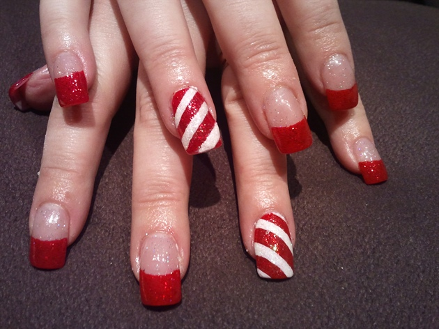Candy Cane Xmas Nails