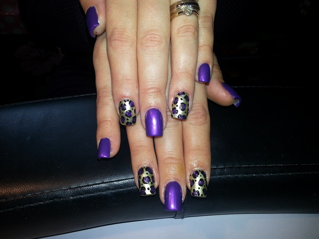 purle glitter on gold leopard