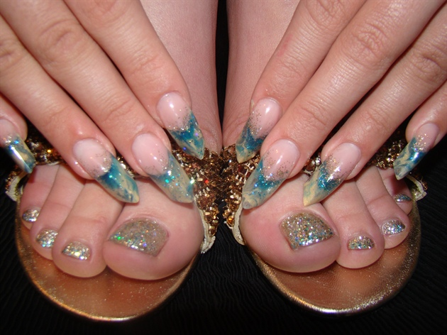 Acrylic Marbling with Glitter Gel toes to match