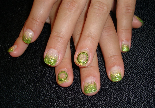 Университет штата Орегон ногти