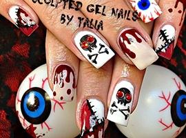 nail art: Gory Halloween!