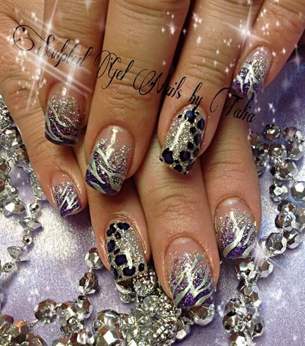 Purple animal print nails!!