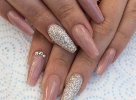 nail art: Nude Nails