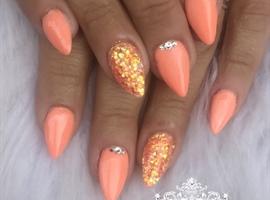 Coral Holiday Nails