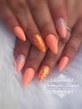 Summer coral nails