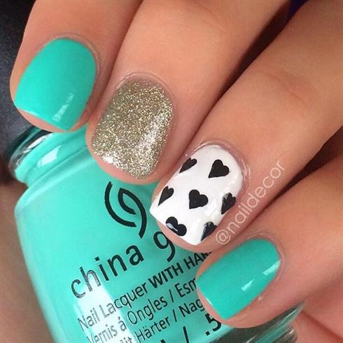 Green/blue Nails