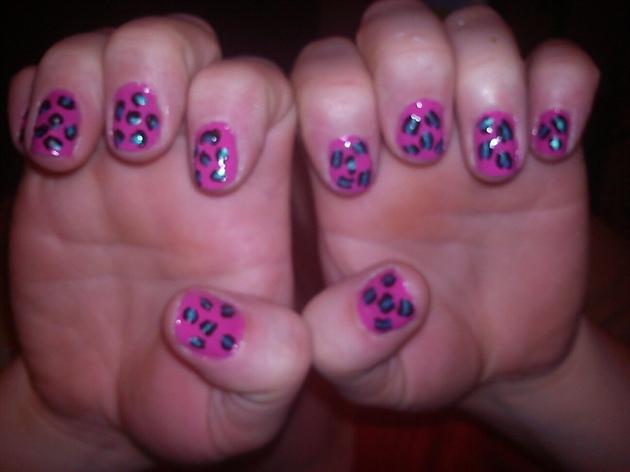 funky leopard design