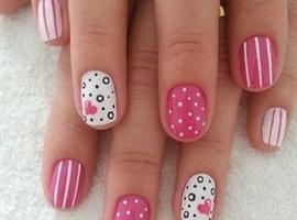 nail art: 💅