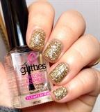 Platinum Gold Glitter Mani