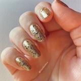 Glittery Gold 🤩