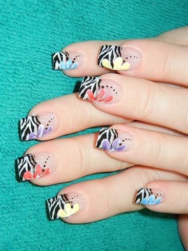 Zebra w/flowers