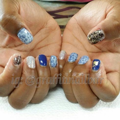 Blue Water Effect Nail Art