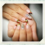 Marbleized-Tip Nails