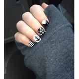 Black & White ✖️