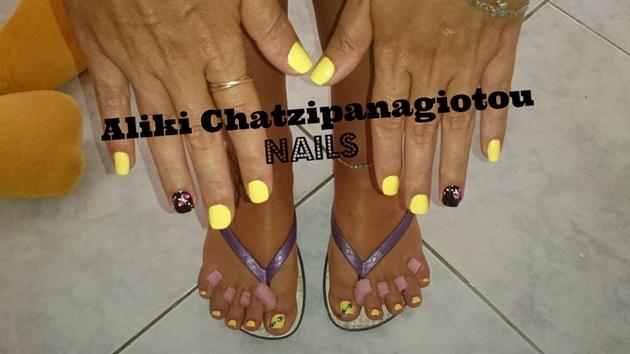 sunshine yellow mani & pedi