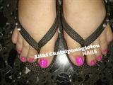 pedicure pink with swarovski crystals!!