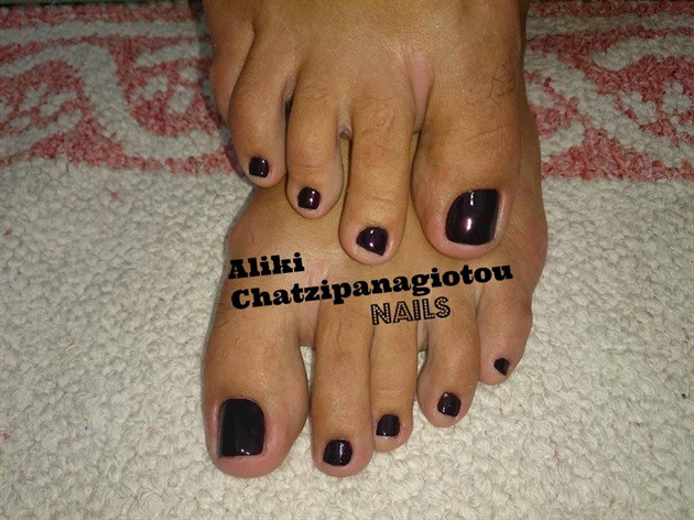 black cherry pedicure
