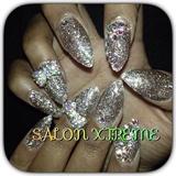 Fun glitter nails !!!