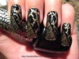 Shatter nail art
