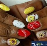 Valentine's Nails (Bee Mine)