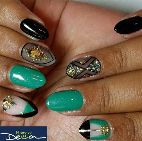 Black And Green Nails