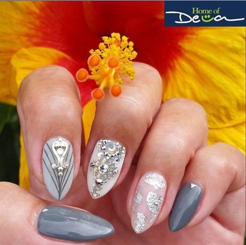 Silver Gray Nails