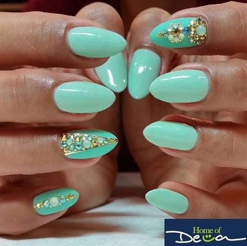 Vacay Nails