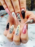 Boho nail art
