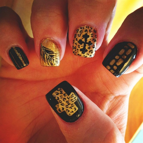 Black And Gold Cheetah Nails