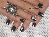 AVON Black as night matte Halloween