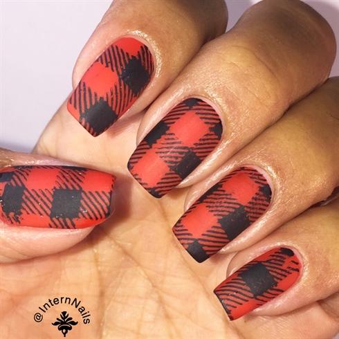 Matte Plaid Nails
