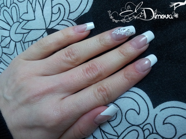 French manicure with gem