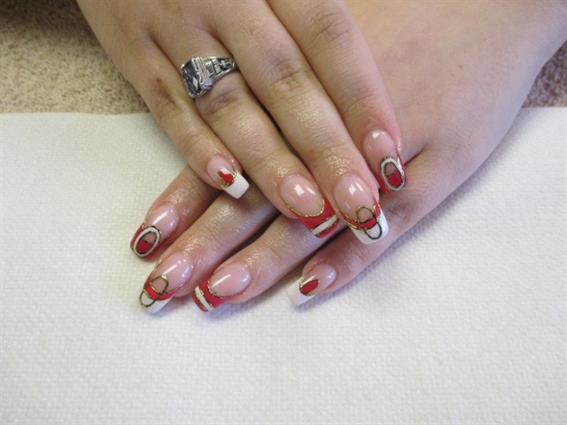 Acrylic nails with abstract