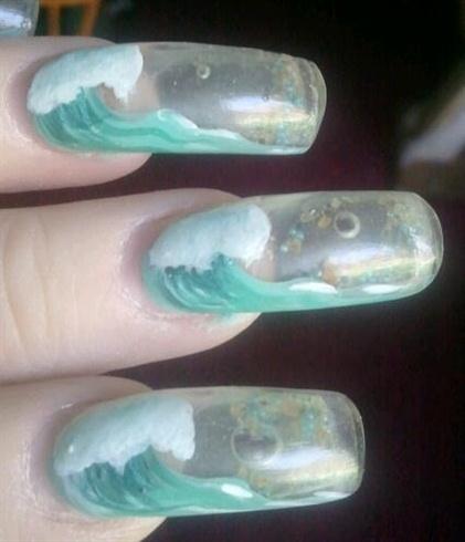 Aquarium wave