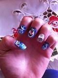 Olaf Winter Nails
