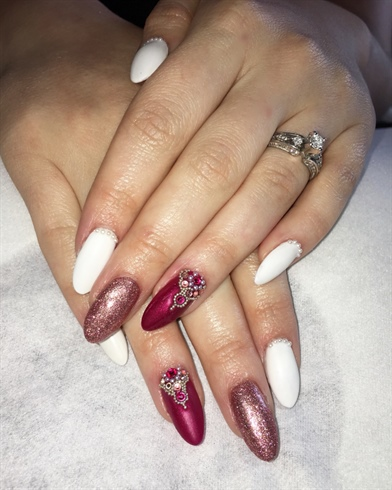 bridesnails,weddingnails,wedding