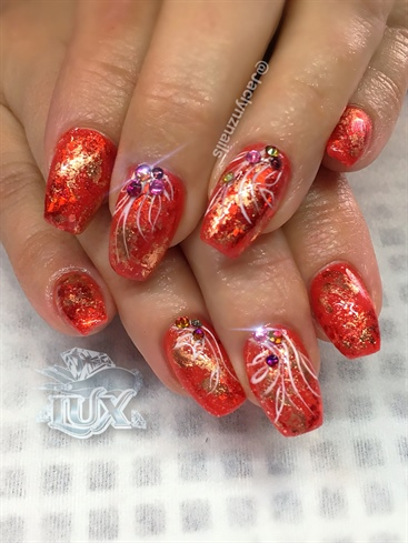 Warm Red Vacation nails