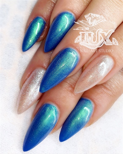 Light Elegance -Mermaid In The Shade