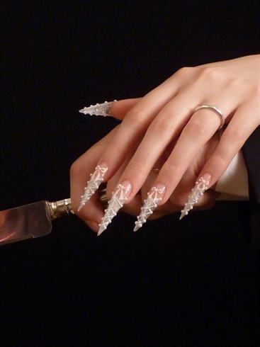 Wedding corset nails